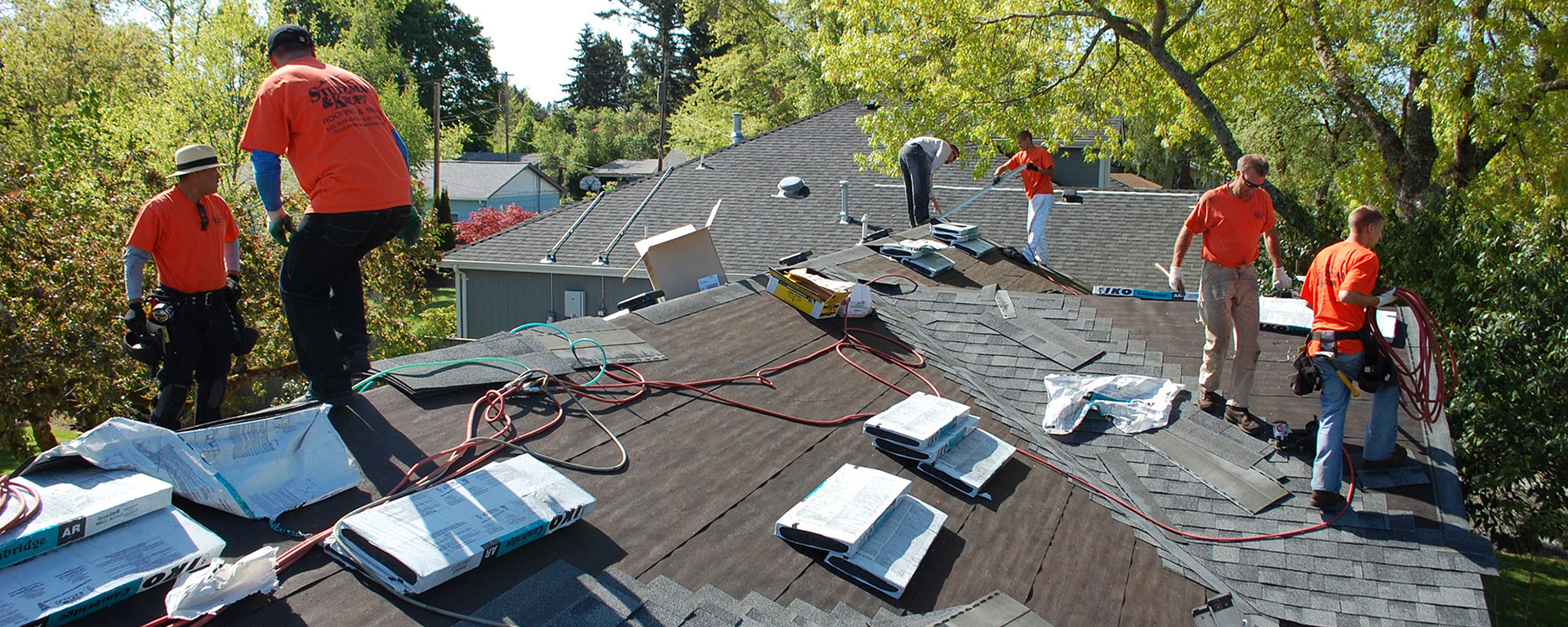 How to Find The Efficient Residential Roofing Contractors Near You