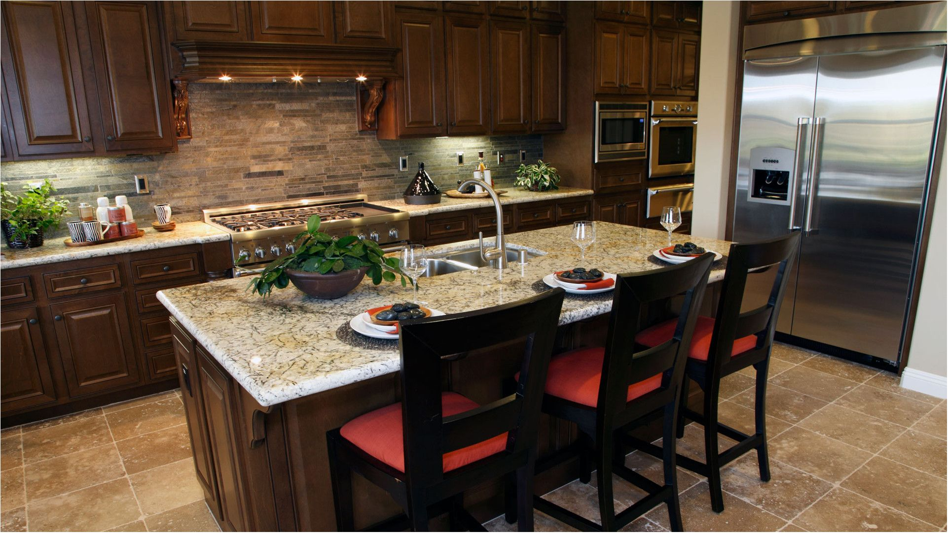 Modernize your Kitchen Space with Designer Cabinetry from Top Home Decorating Sites