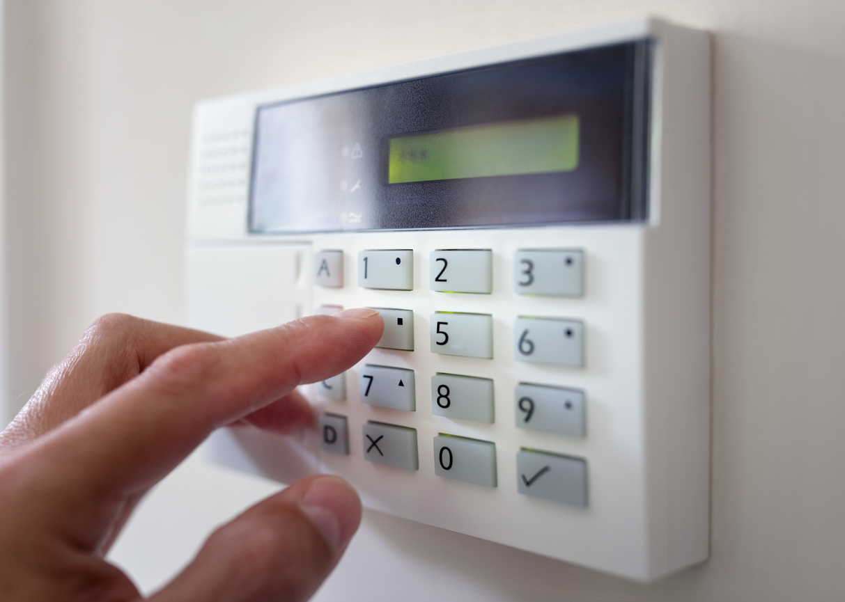 Use Screen Security Doors to Keep Your Home Safe